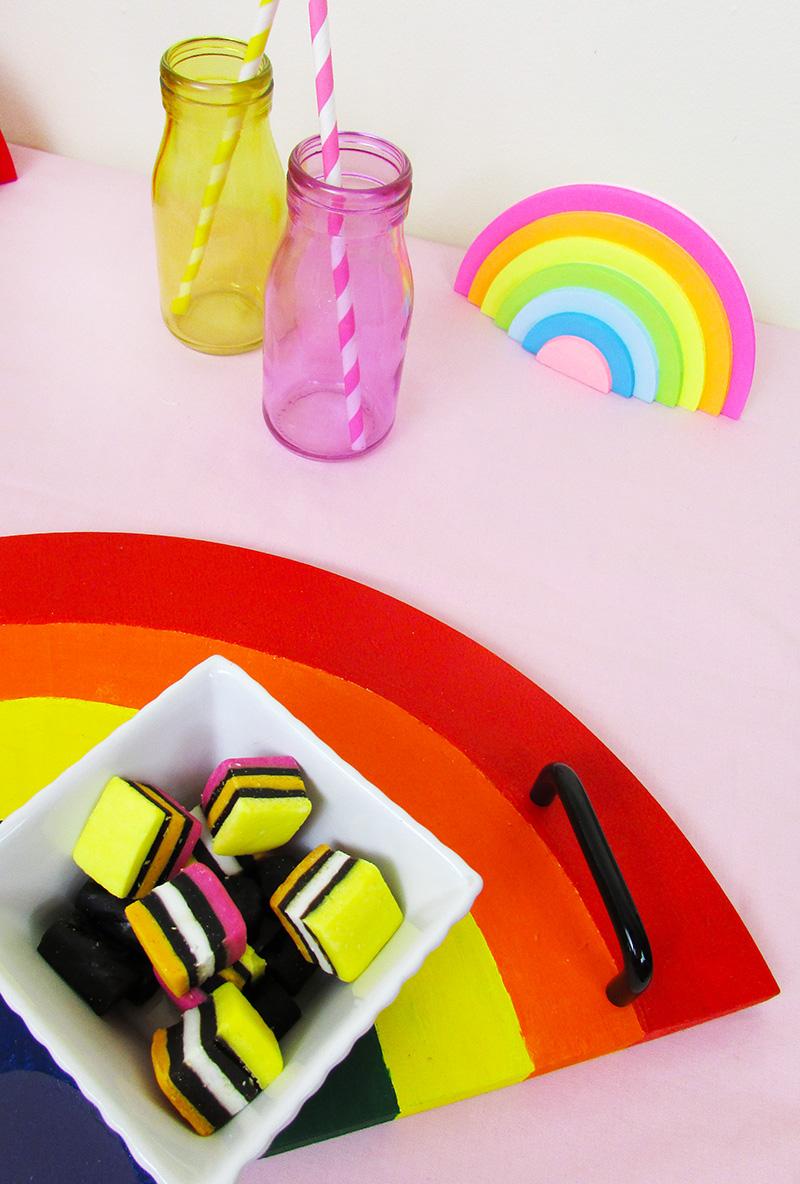 rainbow home decor sticky notes DIY serving tray thesmalladventurer