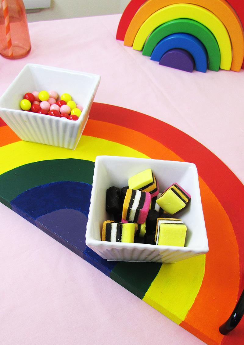 thesmalladventurer find a rainbow day rainbow dinner serving tray diy project