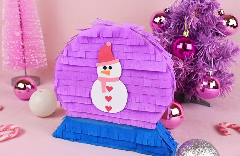 snowman snowglobe diy pinata christmas thesmalladventurer