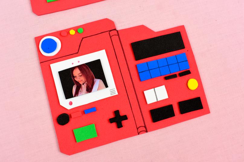 pokemon pokedex place card diy project thesmalladventurer