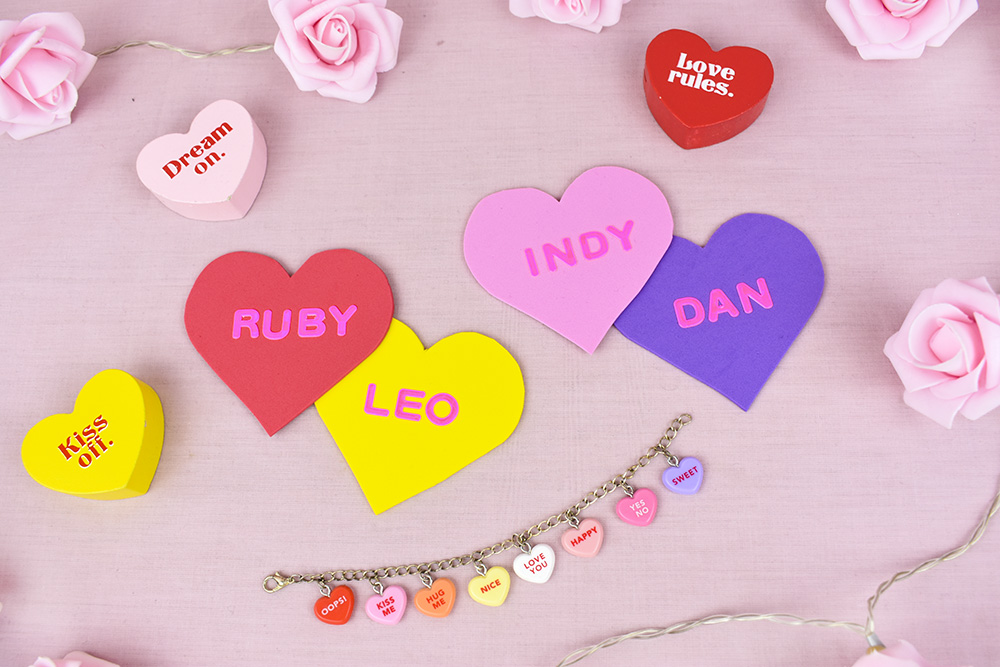 This image has an empty alt attribute; its file name is thesmalladventurer-diy-project-place-cards-conversation-hearts.jpg